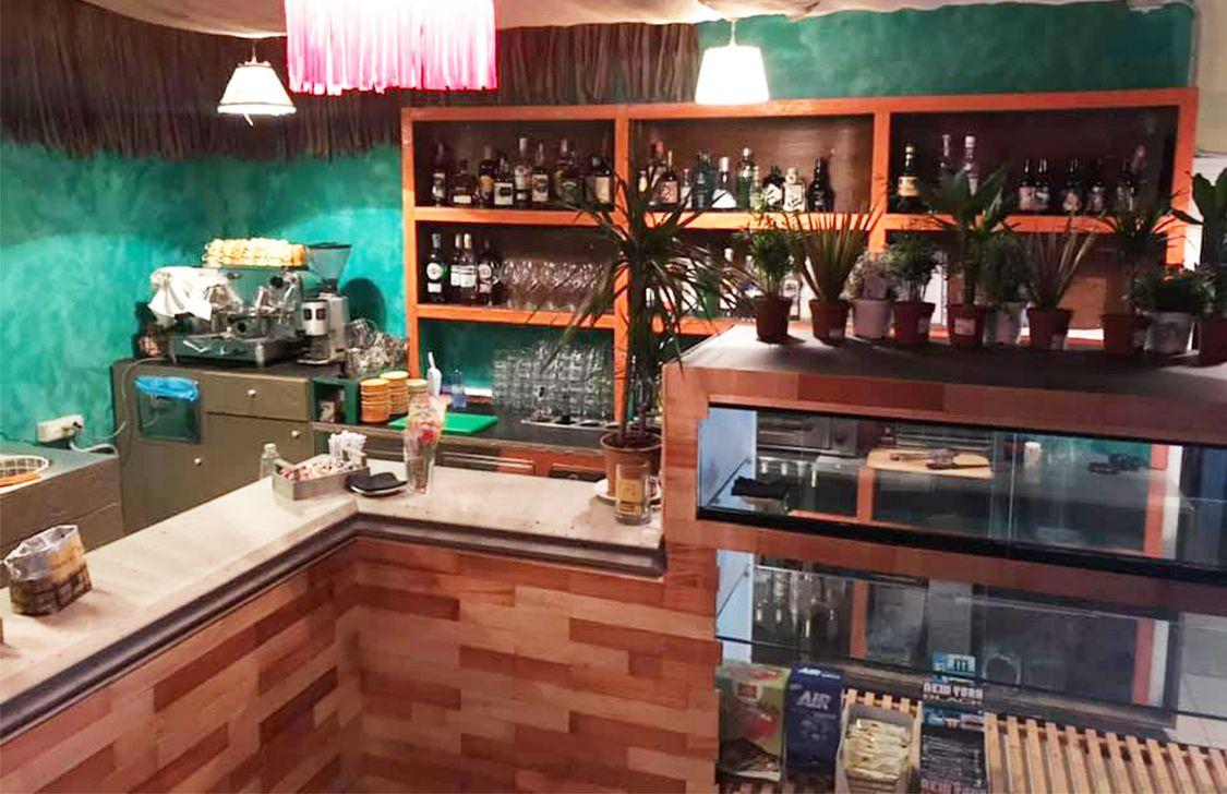 Tiki Beach Bar - Interno
