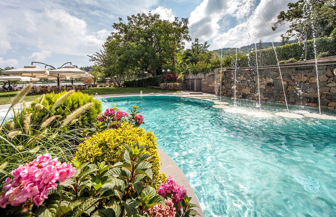 Hotel Miramonti - Piscina Esterna