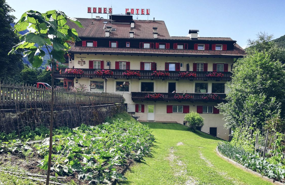 Hotel Rodes - Esterno