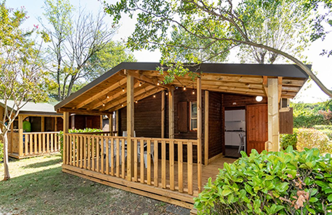 Camping Adriano Village - Bungalow