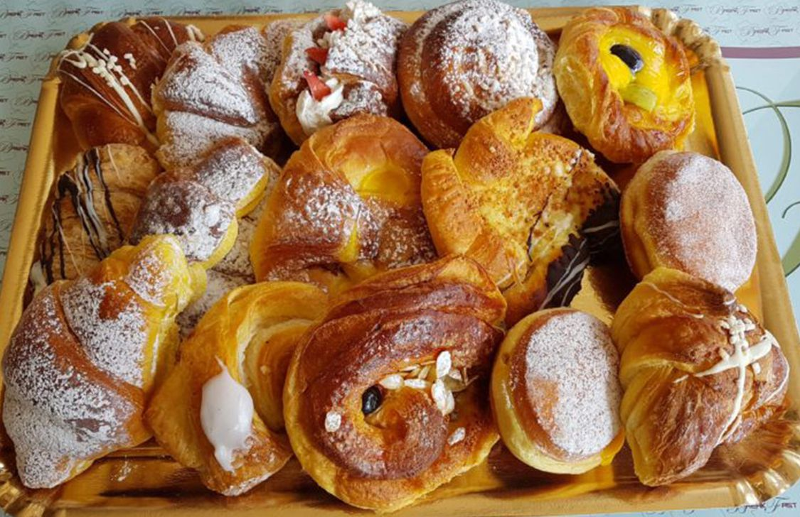 The Breakfast - Brioches