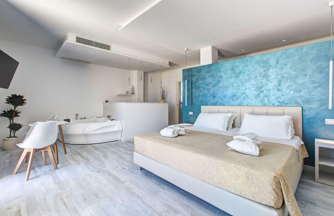 Ferretti Beach Hotel - Camera