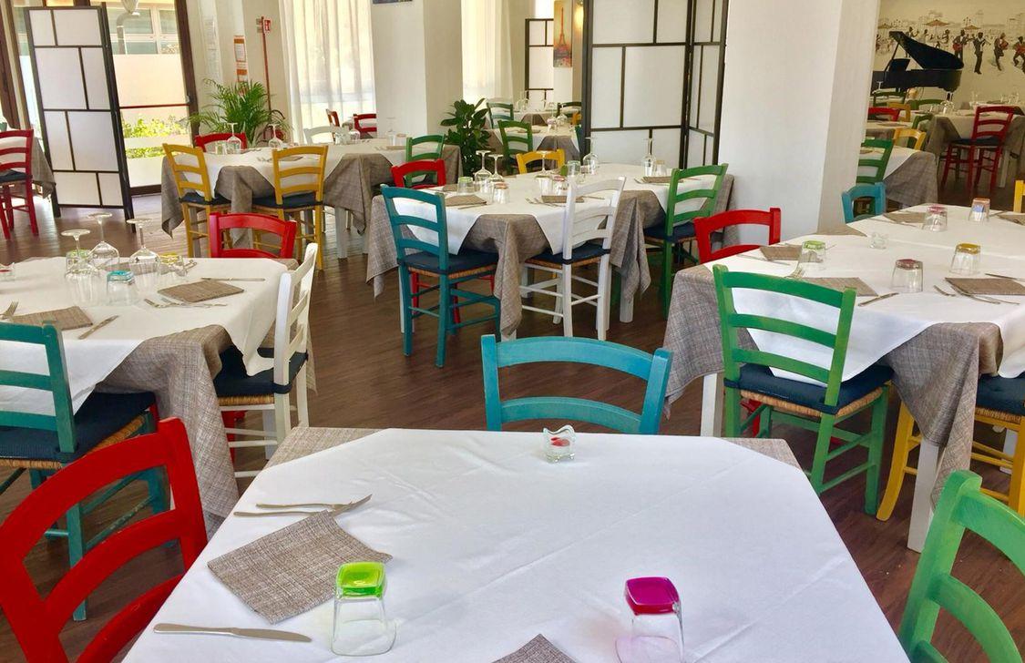 Bistrot Viale Ceccarini - Sala