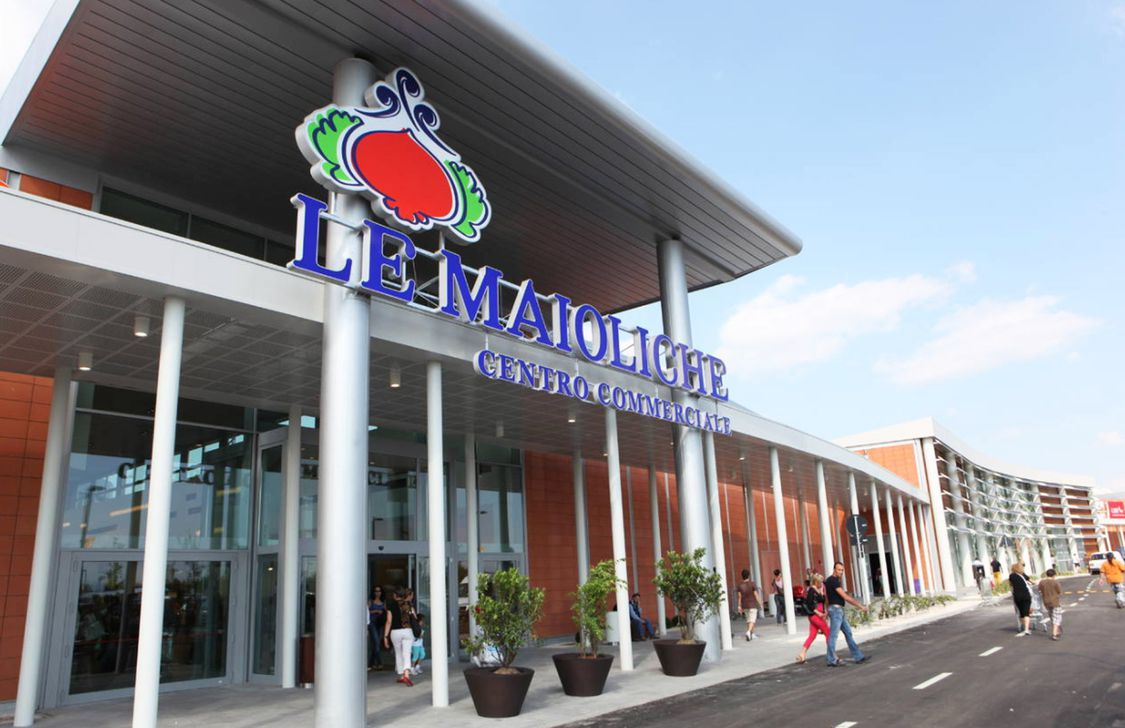 Le Maioliche - Supermercato
