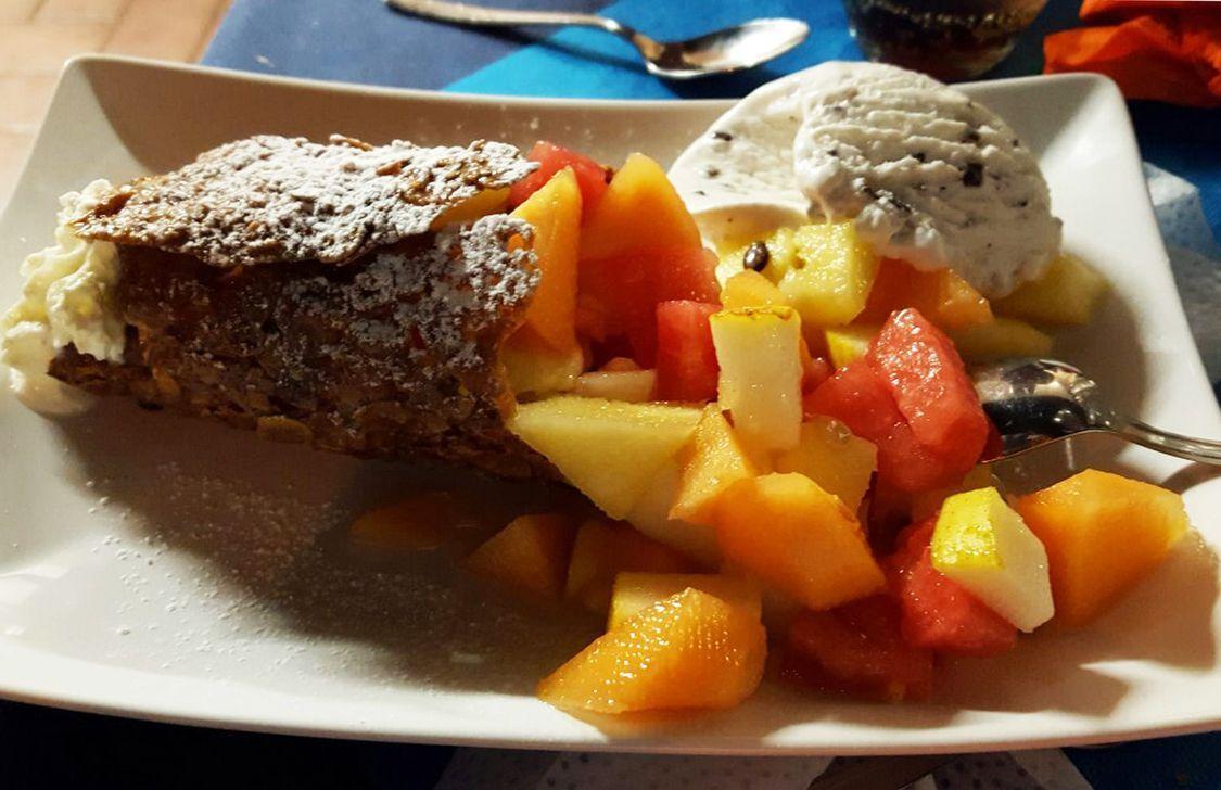 Osteria Taca Banda - Macedonia con gelato