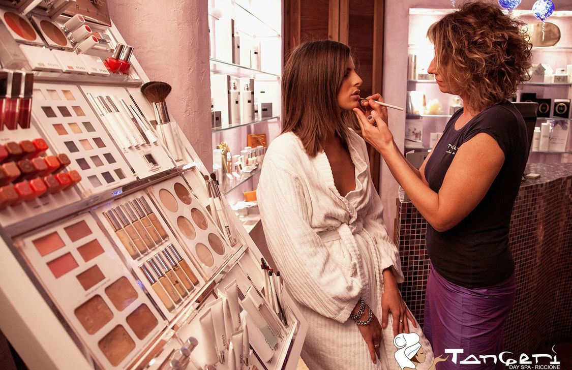 Tangeri Day Spa - Make up