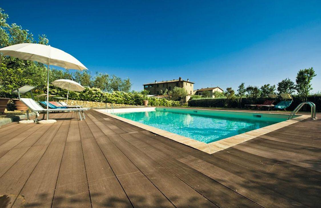 La Casa Medioevale - piscina