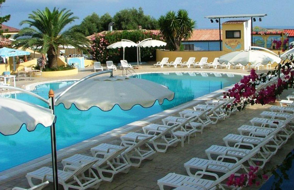 Villaggio Green Garden Club - Piscina