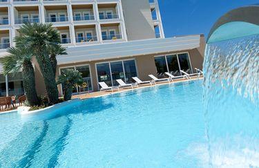 Coupon spa massaggio aperitivo all 39 hotel ambasciatori a riccione tippest - Bagno 99 riccione ...