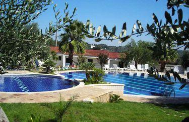 citta-bianca-piscina2