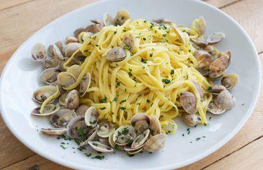 bellariva-beach-spaghetti-vongole