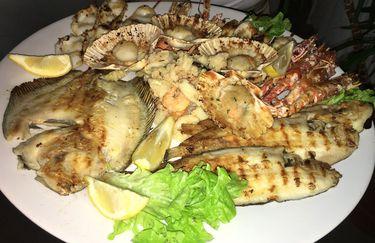 baia-tahiti-piatto-grigliata-pesce