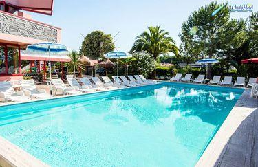 Hotel Onda - Piscina