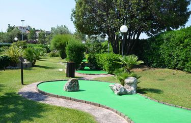 River Green Golf - Mini Golf
