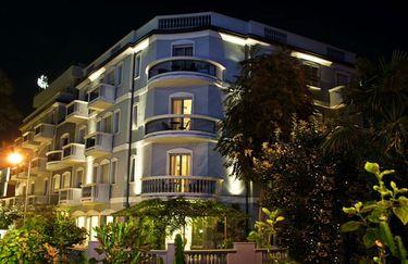 Hotel Sovrana - Esterno