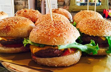 Al Bistrot Food and Drink - Hamburger