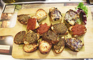 osteria-sant-agostino-crostini