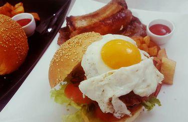 caffe-piazza-del-popolo-hamburger2