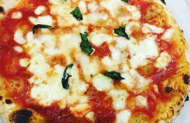 Pizzeria Il Portico - Pizza Margherita