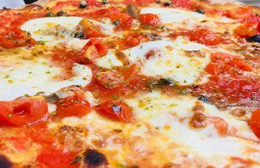 Pizzeria Ristorante Pata De Lobo - Pizza