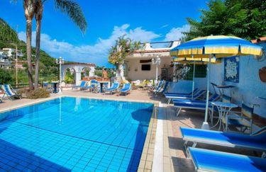 hotel-magnolia-piscina3