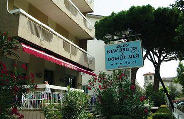Hotel New Bristol - Insegna