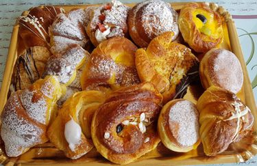 The Breakfast - Brioches