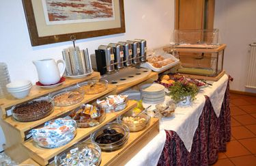 corona-buffet-colazione
