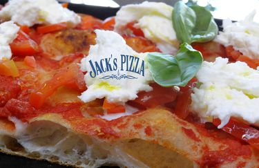 jacks-pizza-pizza4