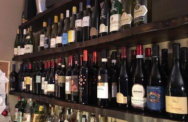 Osteria Tiravino - Vino