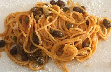 Hotel Fashion - Spaghetti ai Capperi