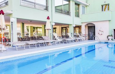 hotel-abacus-piscina2