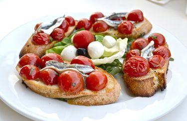 osteria marebianco - bruschetta
