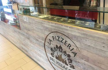 la-pizzeria-del-villaggio-bancone