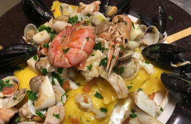 vini-crostini-ravioli-pesce