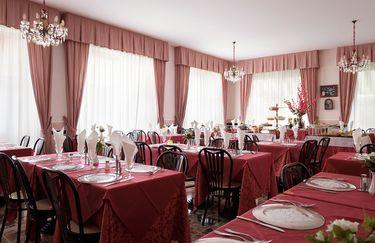 Hotel Edy - Tavoli