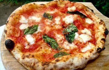 Ristorante La Puraza - Pizza Napoletana
