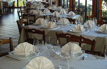 Acqua e Vino - Tavoli interni