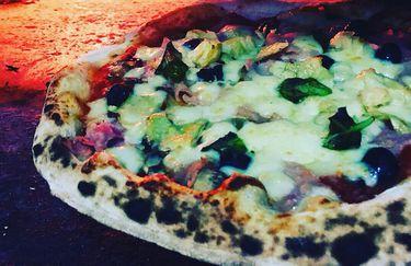 Pizzeria Il Portico - Pizza nel Forno a Legna
