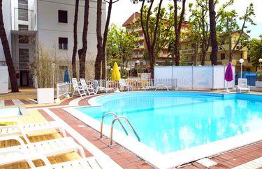 Hotel Palme - Piscina 2