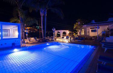 hotel-magnolia-piscina
