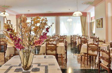 hotel-fai-sala-ristorante