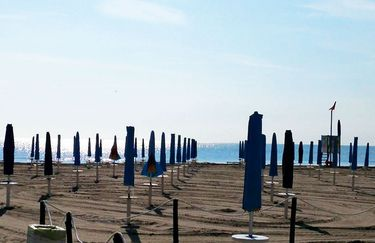 White Beach - Spiaggia