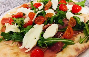 Pizzeria Ristorante Pata De Lobo - Pizza Crudo
