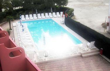 Hotel Onda - Spiaggia Esterna