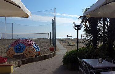 Bagno Faustina 42 - Spiaggia