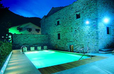 terme-santa-agnese-piscina-notte