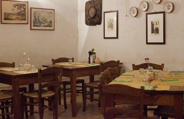 Osteria di Via Zannetti - Tavoli