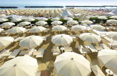 Hotel Capanni - Spiaggia