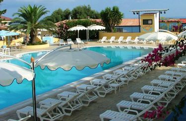 Villaggio Green Garden Club - Piscina